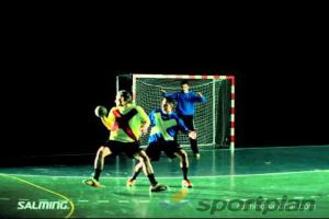 Handball Feint - Twist feint322 feinting (Dummy) with ballHandball Drills Coaching