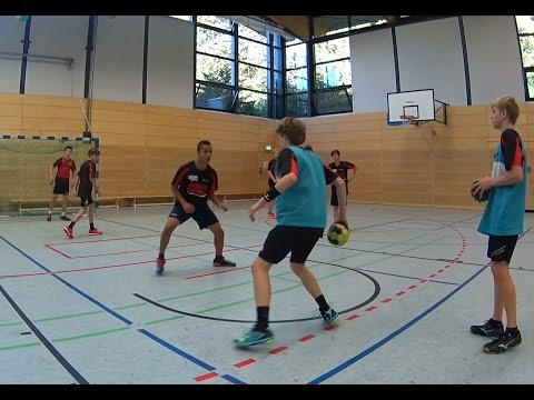 Handball defence trainingHandball Drills Coaching